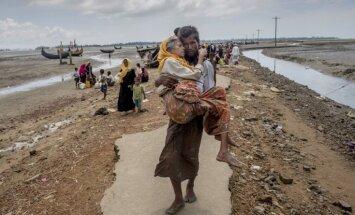 Bangladeša cels 14 000 jaunas mītnes rohindžu bēgļiem