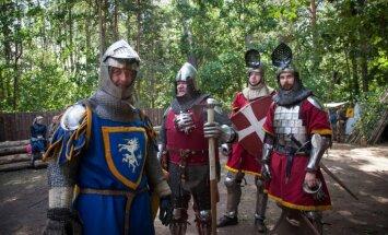 Foto: Kā ļaudis lustējās Tērvetes Zemgaļu svētkos