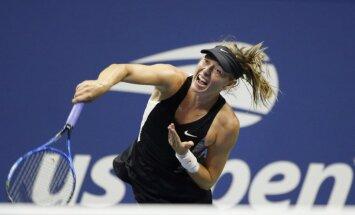 Šarapova kļūst par Ostapenko pretinieci 'US Open' trešajā kārtā
