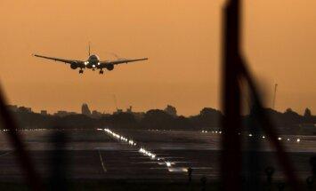Газета: Brexit может нарушить авиасообщение с Европой и США
