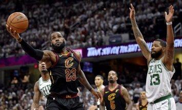 Džeimss kaldina 'Cavaliers' uzvaru pār 'Celtics' un panāk sērijas izšķirošo spēli