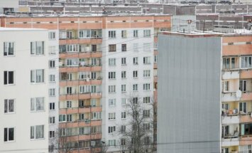 Virza risinājumu situācijai, kad zeme zem daudzdzīvokļu mājas pieder citai personai