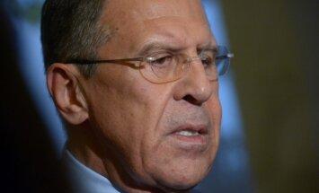 Lavrovs piedraud ar triecieniem pa 'punktiem' Ukrainā; Ukraina gatava uzbrukumus atvairīt
