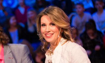 Foto: Anna Krimele atkal uzmirdz televīzijā
