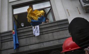 Latvija nosoda separātistu rīkotās 'vēlēšanas' Doņeckas un Luhanskas apgabalos; rezultātus neatzīs
