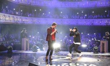 'Zelta mikrofona' scenogrāfija raisījusi pamatīgu kritiku un diskusijas skatītāju vidū