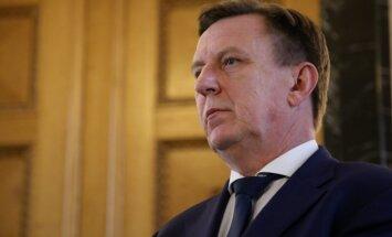 """Премьер: из плана реформы КОЗ будут исключены """"зеленые"""" сертификаты"""
