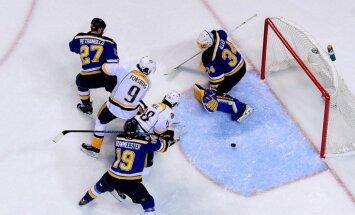 'Predators' un 'Oilers' Stenlija kausa izcīņas otro kārtu iesāk ar rezultatīvām uzvarām