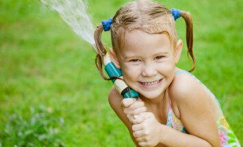 Pieci galvenie faktori, lai tavs bērns izaugtu laimīgs
