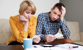 Aptauja: piektdaļai iedzīvotāju aizņēmuma saņemšanu apgrūtinājuši iepriekš kavēti maksājumi