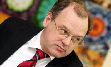 Čakšas birojā par sabiedrisko attiecību padomnieku pieņemts Ancupovs