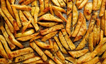 'Tasty' eksperiments ar frī kartupeļiem: nogatavināt cepeškrāsnī vai divreiz vārīt eļļā?