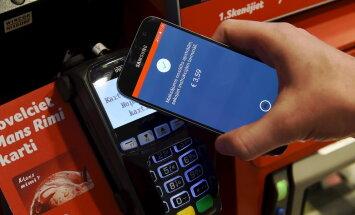 Клиенты Citadele смогут оплачивать покупки, приложив смартфон к терминалу
