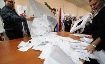 Baltkrievu novērotāji grib pārņemt videonovērošanas praksi parlamenta vēlēšanās