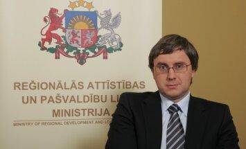 Zalāns rosina apvienot četras ministrijas