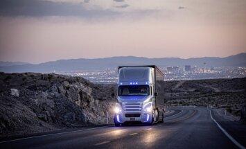 Uz koplietošanas ceļiem izmēģina pirmos kravas vilcējus ar autopilotu