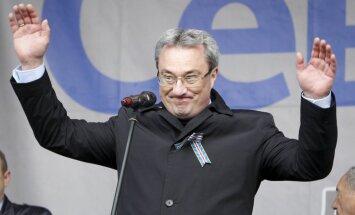 Par noziedzīga grupējuma vadīšanu aizturēts Krievijas Komi Republikas gubernators
