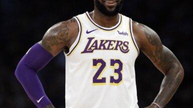 Džeimsam nākas taisnoties par savu viedokli Ķīnas un NBA situācijā