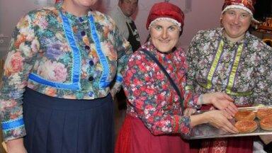 Foto: Rīgā aizvadīti svētki, slavinot Latvijas novadu garšas