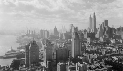 1931 год: 4-й Сейм, Праздник песни, Empire State building