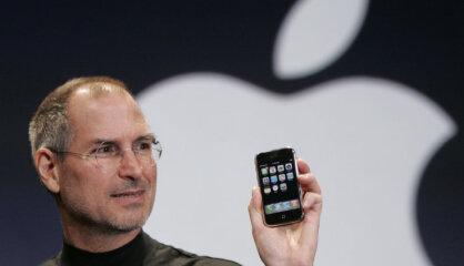 2007. gads: Sākas 'iPhone' ēra, par prezidentu kļūst Zatlers, Igaunija ceļā uz e-pārvaldību