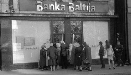 1995. gads: Bankas 'Baltija' krahs, Krievija iebilst pret Latviju NATO, Skrundas lokatora spridzināšana