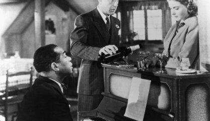 1942. gads: Veidojas ANO, sāk raidīt 'Amerikas Balss', uz ekrāniem nonāk 'Kasablanka'