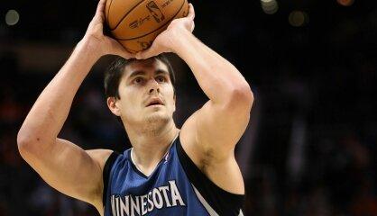 No basketbola mesijas par dārznieku. 'NBA drafta lielākā kļūda' Darko Miličičs