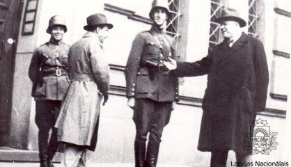 1934. gads: Eiropā autoritāru režīmu vilnis, Baltijas valstis veido savienību, Hitlers iznīcina opozīciju