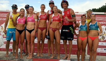 Sirmgalvji un meitenes... Vai Latvijas pludmales volejbolam draud kapu zvani?