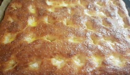 Vienkāršais sviesta un cukura pīrāgs