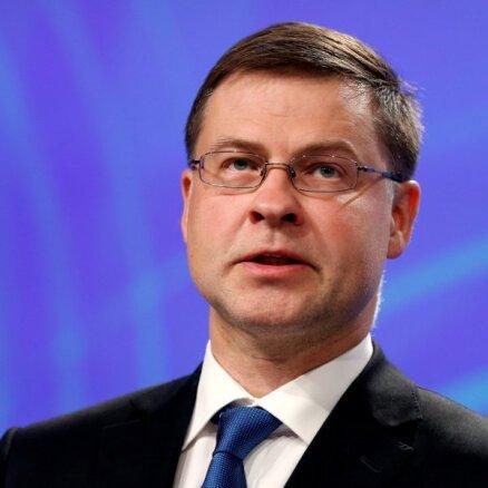 Dombrovskis: ES uz laiku varētu pārskatīt kritēriju valsts parāda apjomam pret IKP
