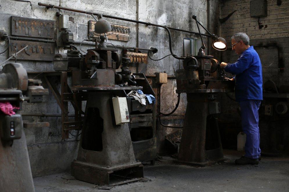 ФОТО. Последняя фабрика по производству… гвоздей; ее станки и ее люди