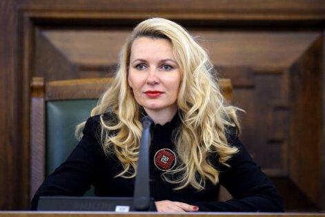 Lībiņa-Egnere atsakās no atalgojuma par NDK vadīšanu