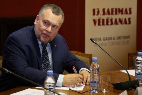 CVK no vēlēšanu sarakstiem svītro septiņus kandidātus; tostarp basketbolistu Krūmiņu