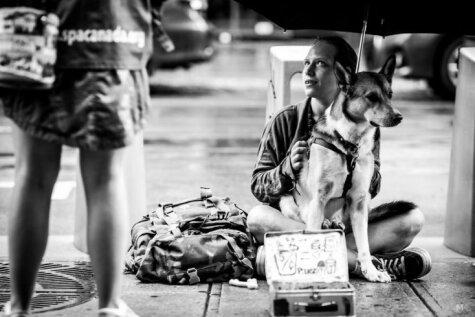 Fotogrāfs iemūžinājis Kanādas bezpajumtnieku dzīvi