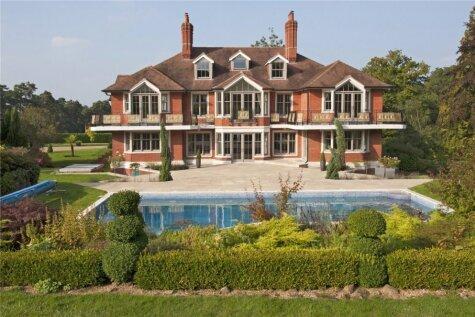 Māja, ko Toms Krūzs pārdod par 6,5 miljoniem eiro