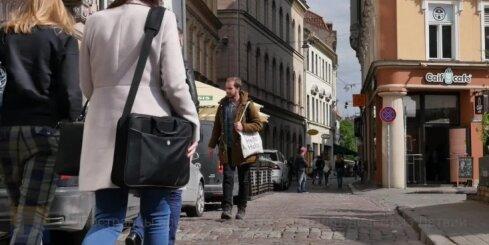 Иностранцы впервые за 25 лет выводят деньги из Латвии