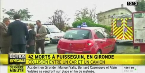 Francijā pie Bordo kravas auto un autobusa avārijā gājuši bojā vismaz 42 cilvēki