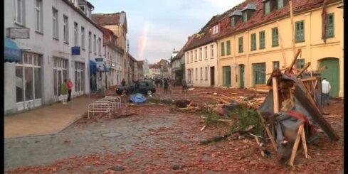 Vācijas ziemeļus skārušas spēcīgas vētras