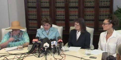 Vēl trīs sievietes apsūdz Bilu Kosbiju seksuālā izmantošanā