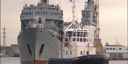 Krievijas jūras kājnieki Francijā iziet apmācības 'Mistral' karakuģu izmantošanā
