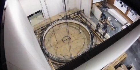 'Timelapse' video: Kā top pasaulē lielākā ceļojošā izstāde par 'Titāniku'