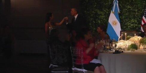 Obama Argentīnā dejo tango