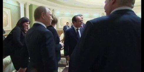 Putins paziņo par pamieru Ukrainā