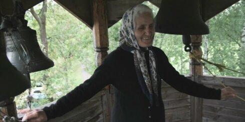 Fragmenti no Viestura Kairiša dokumentālās filmas 'Pelikāns Tuksnesī'
