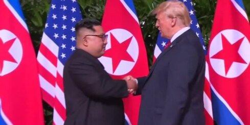 Singapūrā sākas Trampa un Kima tikšanās