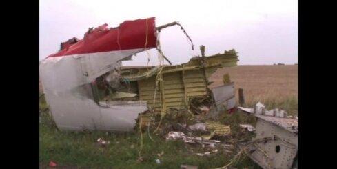 Ukrainā atrasti raķetes palaišanas un MH17 notriekšanas aculiecinieki: 'Tā lidoja tieši virs manis'