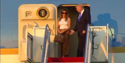 Melānija Trampa ar dēlu pārceļas uz Balto namu