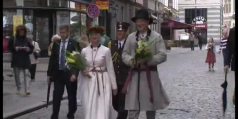 Latvijas pirmās lēdijas stils mēneša griezumā